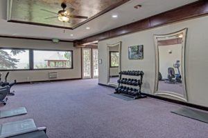 Mountain Springs Recovery keep in shape at the gym